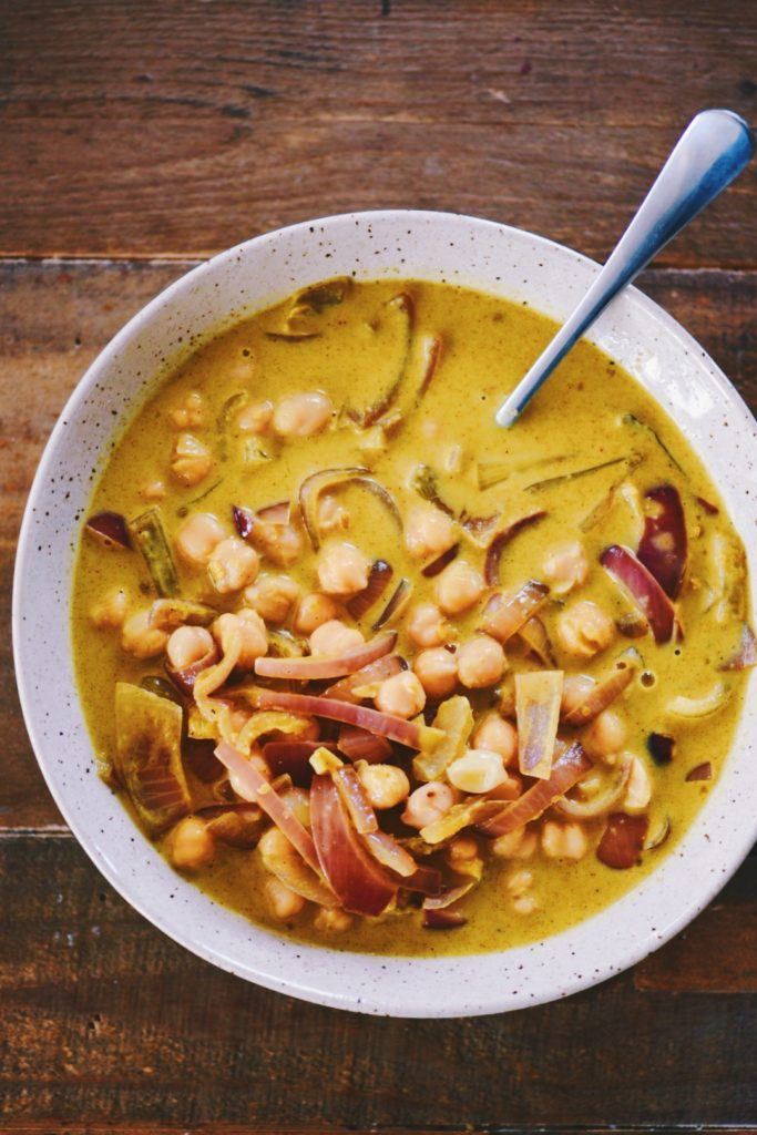 Quick and Easy Chickpea Coconut Curry with Cashews